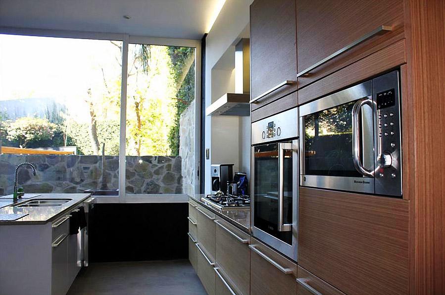 el_valor_de_una_casa_pisos_griferia_muebles_04